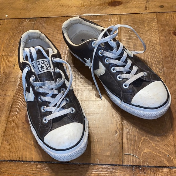 Vintage Converse one star size 7